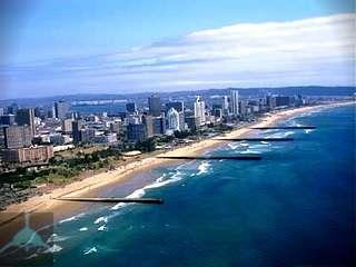 Охотское море расположено в северо-западной части тихого океана у берегов азии и отделяется от океана цепью